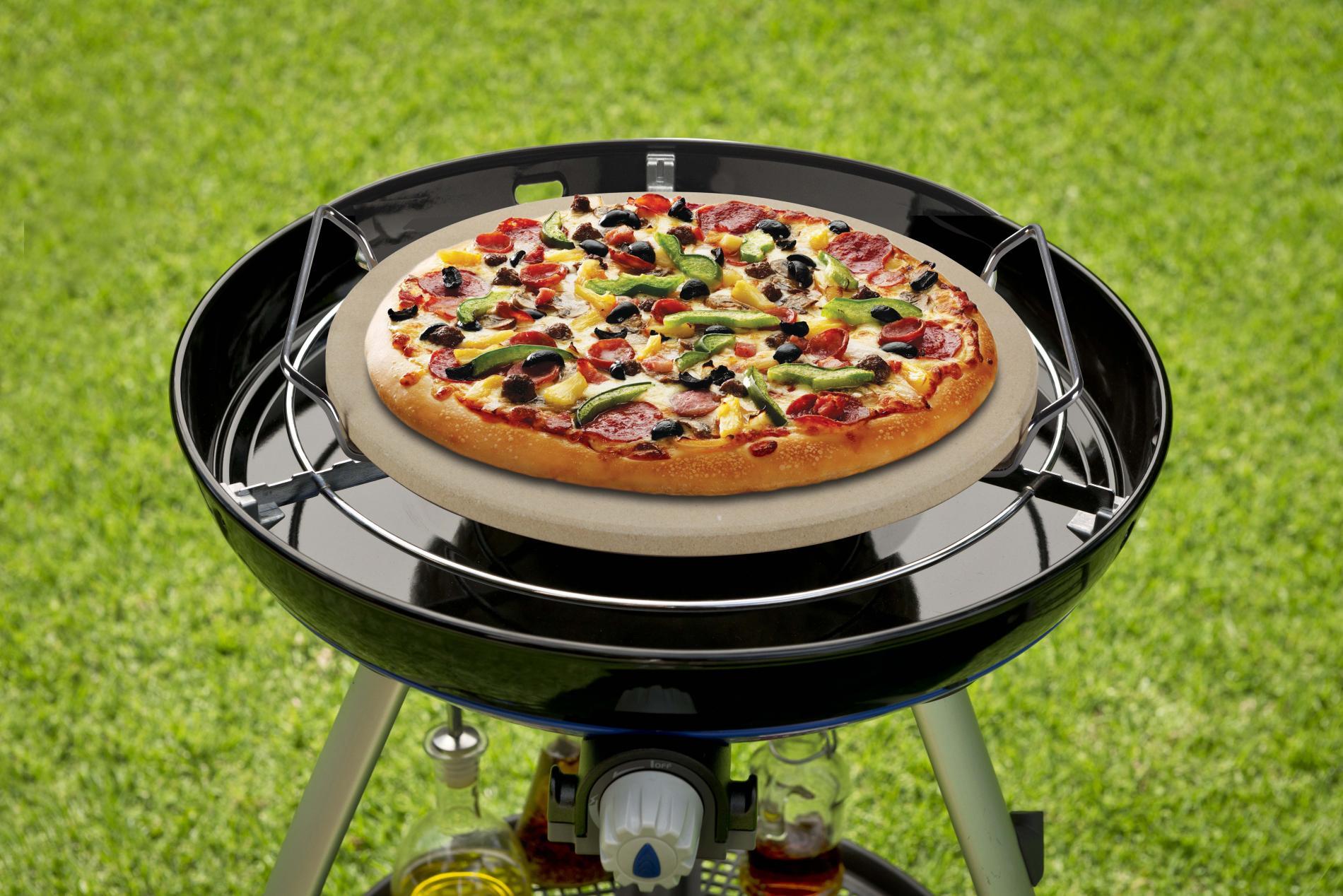 Upiecz pizzę na swoim grillu